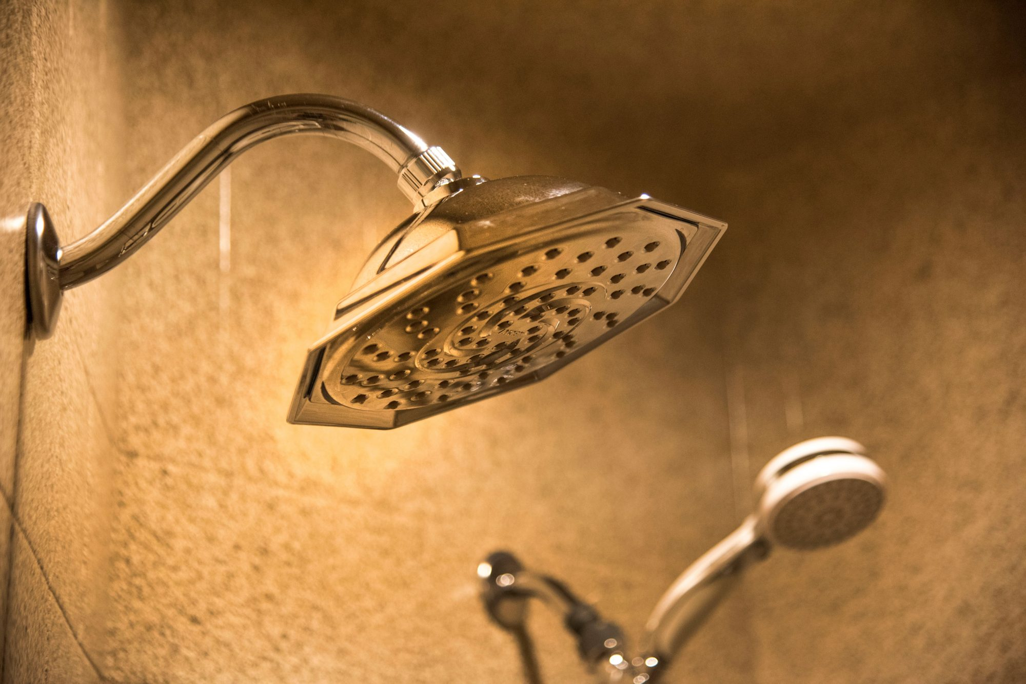 Suites Gazebo Shower head